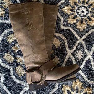 Steven Madden Tan Boots